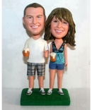 Beer couple bobbleheads