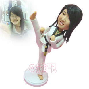 custom bobbleheads- taekwondo girl- 105055