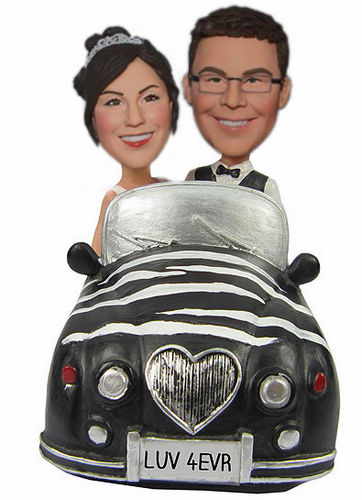Sitting in car wedding bobblehead BW54