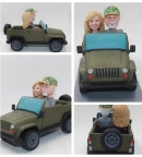 Custom Bobbleheads Couple on Jeep